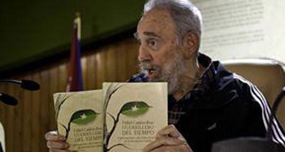 Reapareció Fidel Castro y habló de Malvinas: Es un pedazo arrebatado a la Argentina