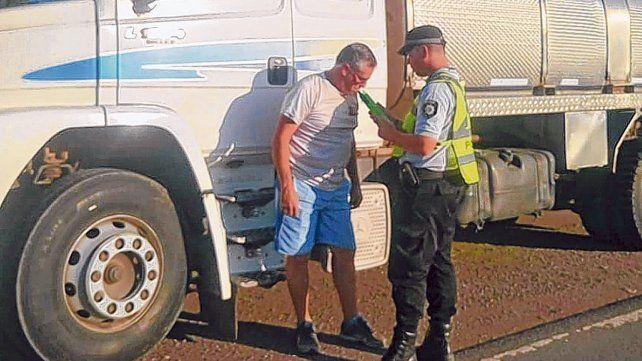 Alcoholemia. Las autoridades incrementaron los controles a los conductores profesionales.