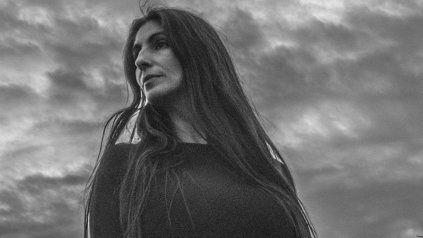 Carolina Peleritti grabó con Peteco Carabajal un adelanto de su nuevo EP. El tema se llama El suspiro.