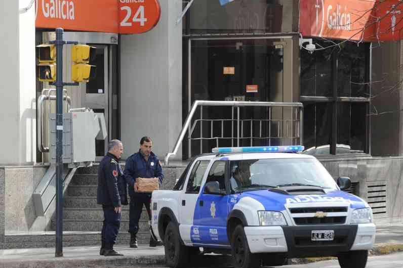 Del Frade apuntó que las reiteradas amenazas que alertaron a los rosarinos en los últimos tiempos provienen de la interna policial. (Foto: A.Amaya)