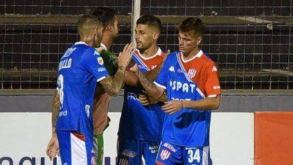 Unión le ganó a Patronato 1-0 con gol de Juan Manuel García y se metió en zona de clasificación.