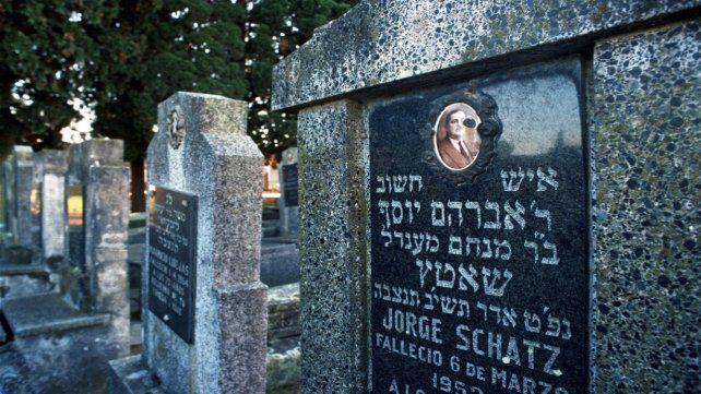 El lugar. El cementerio se cerró en la década del 70 y raramente se abre.