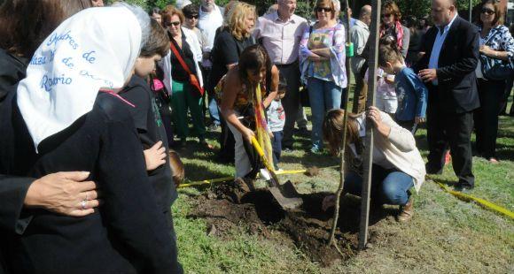 El parque Scalabrini Ortiz, escenario de la tradicional ceremonia de plantación de árboles