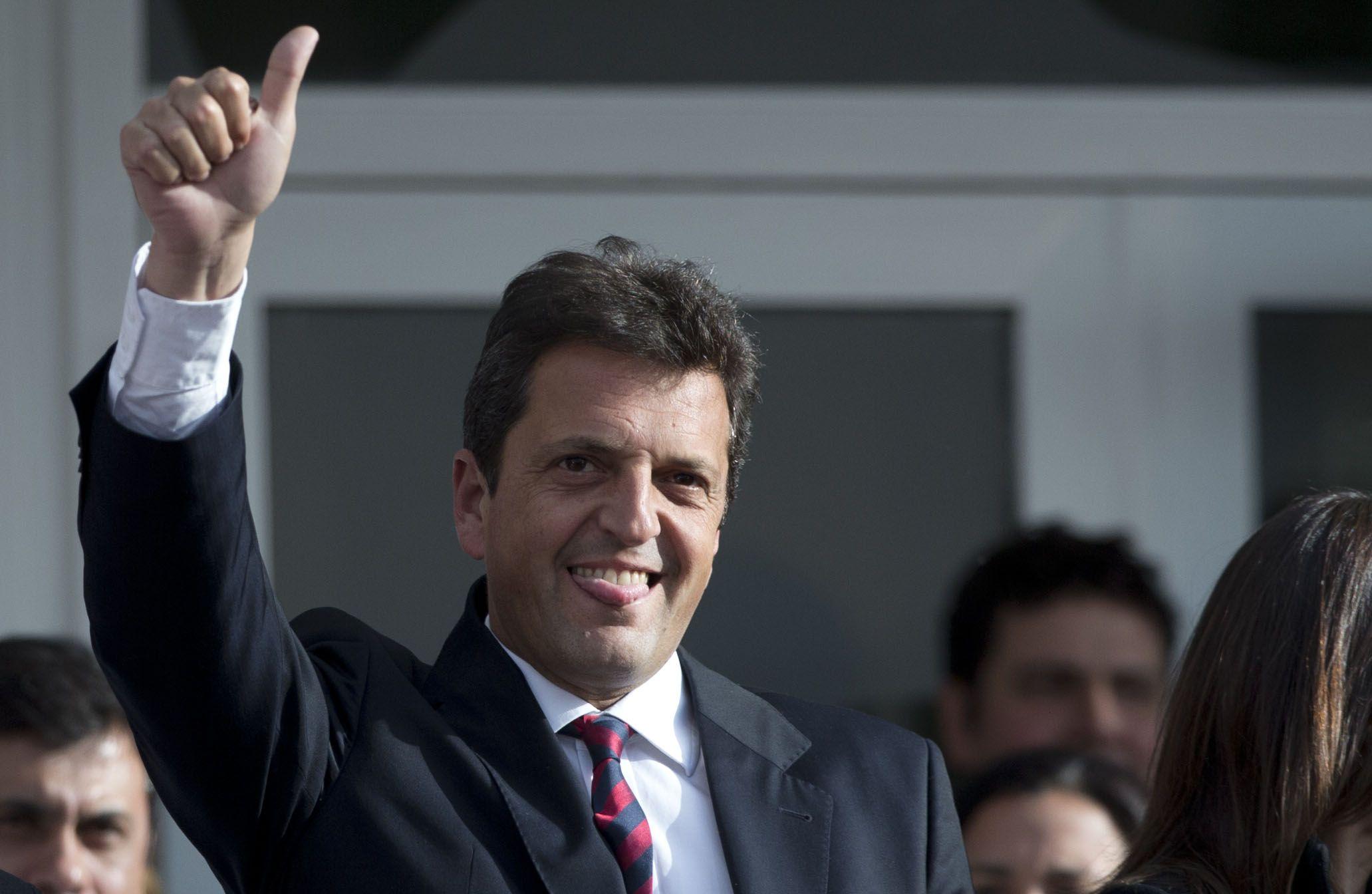 El importante caudal electoral de Massa es el gran objetivo de los que disputarán el ballottage. (AP)