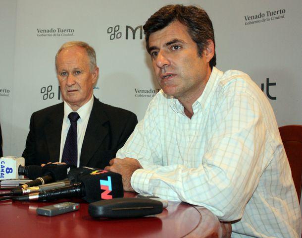José Luis Freyre se comunicó con Lamberto y le manifestó que se ha vuelto a agravar la ola de delitos.