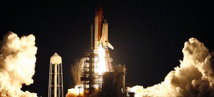 Despegó el Endeavour para su misión más larga con destino a la estación espacial