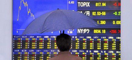 Leve suba de las bolsas de Asia y apertura en baja para las europeas