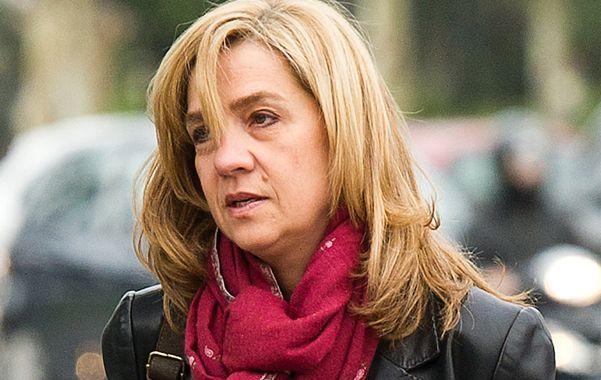 Mala racha. Cristina ha visto cómo el caso Nóos ha demolido su imagen pública y la de su marido.