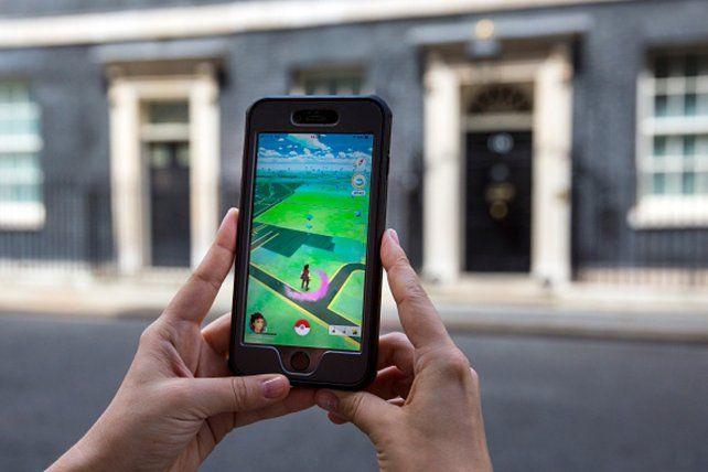 El popular Pokémon Go se cobró una desprevenida víctima en Grand Bourg.