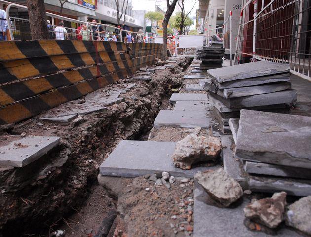 La EPE planea romper durante agosto la calle Córdoba desde Paraguay hasta 1 de Mayo para remodelar la red de media y baja tensión.