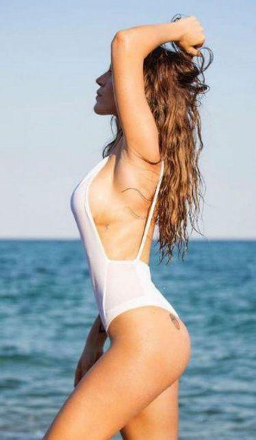 Jimena Barón súper sexy en el verano europeo.