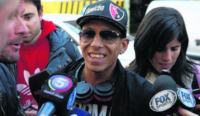 Feliz. Sarmiento llegó sonriente a la revisión médica.