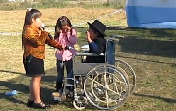 La semana pasada se divulgó el video de una obra de teatro de la escuela de Los Amores.