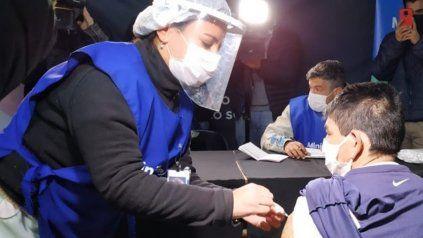 El operativo de vacunación que se realizó en la Terminal de Omnibus.