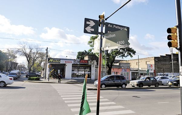 Semáforos. Las paradas ante la luz roja son trampas para quienes llevan mucho dinero en sus vehículos.