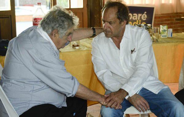 El mandatario oriental estuvo reunido con el gobernador de la provincia de Buenos Aires.