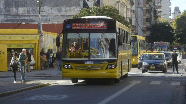 Cómo funcionarán los servicios de transporte en Rosario por el paro de mañana