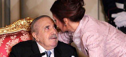 La presidenta puso en el mármol a Alfonsín