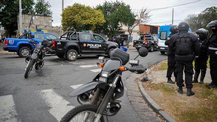 Detención y agresión. Un joven, de 20 años, recibió una golpiza de uno de los uniformados denunciados.