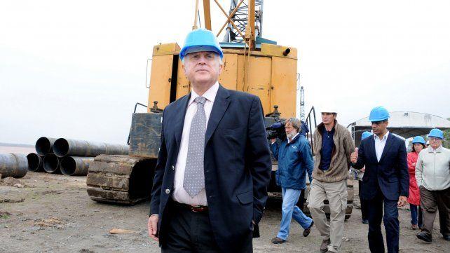 Lifschitz en octubre de 2008 inspecciona las obras del derrumbe del parque España ocurrido en julio.