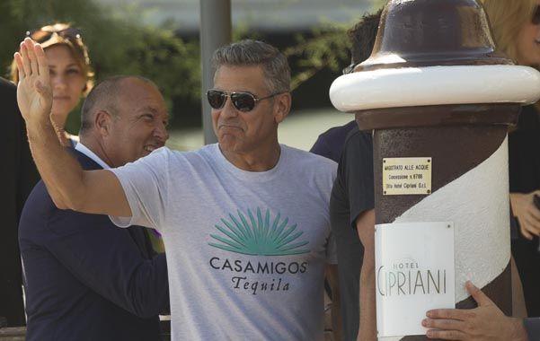 Desembarco. George Clooney recién llegado a la ciudad italiana