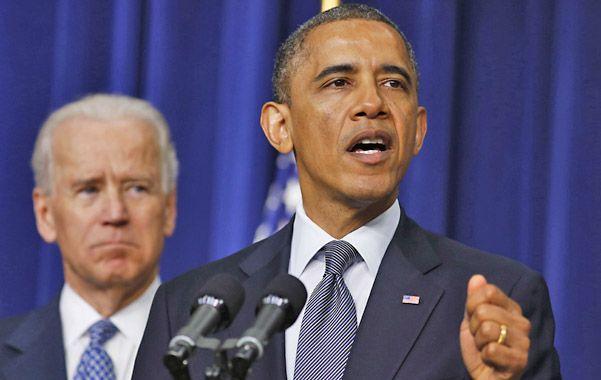 Barack Obama redobló su apuesta contra la proliferación de armas luego de la matanza en una escuela.