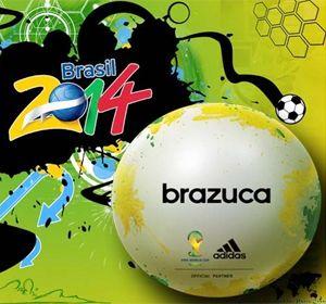 La pelota tiene manchas irregulares amarillas y verdes