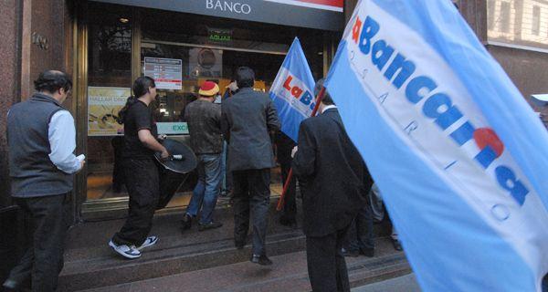 La Bancaria realizará asambleas miércoles y jueves en las entidades pero sin paros