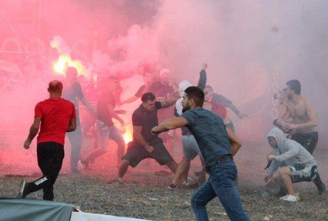 El clásico de Albania terminó en una batalla campal