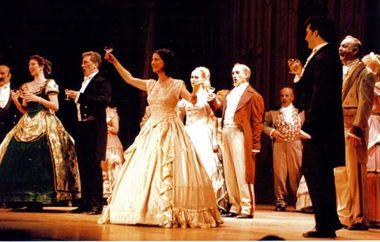 La Traviata se lució en su presentación en El Círculo