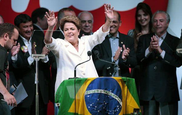 Dilma durante el acto de la victoria del PT.