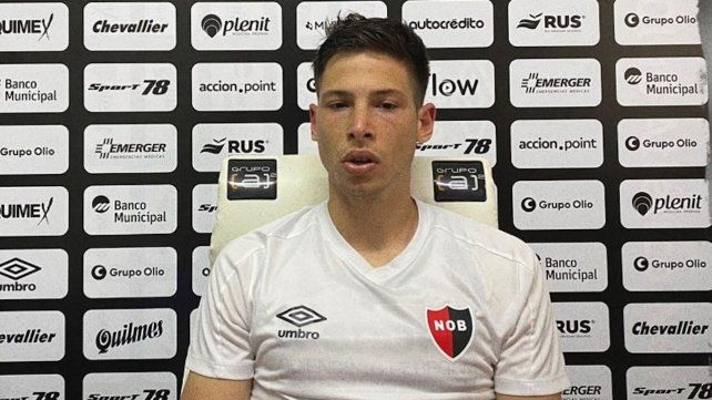 Manuel Capasso habló por primera vez en conferencia de prensa virtual. El zaguero que llegó último se dio a conocer.