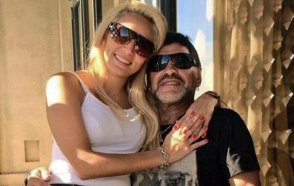 Nos casamos. Diego anunció que se casa en diciembre con Rocío.