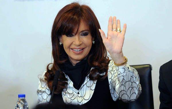 """Cristina afirmó que en los próximos doce meses el Estado va a colocar 15.000 millones de pesos"""" en nuevas jubilaciones."""