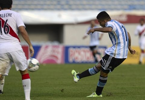 El partido se cerró con un golazo de Correa.