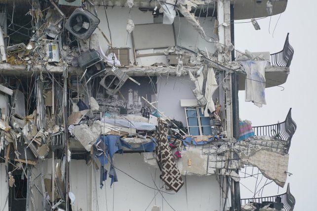 Nueve argentinos siguen desaparecidos tras el colapso del edificio en Miami.