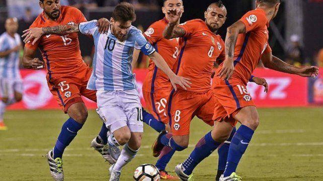 Bauza confió que no hicieron nada especial  para que no neutralicen a Messi
