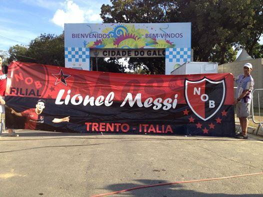 Los integrantes de la filial de Newells le dieron la bienvenida a la selección en Belo Horizonte.