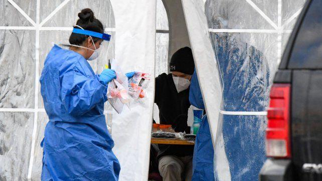Hubo cuatro fallecimientos en Rosario por coronavirus de los 25 de la provincia, que acumula 2.136 muertes