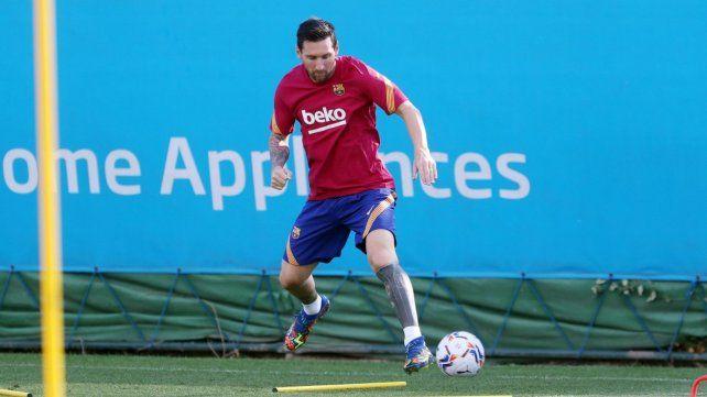 Volver: Messi se calzó la pilcha azulgrana y regresó a las prácticas