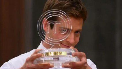 Gastón Dalmau, el gran ganador de la segunda edición del reality MasterChef Celebrity.