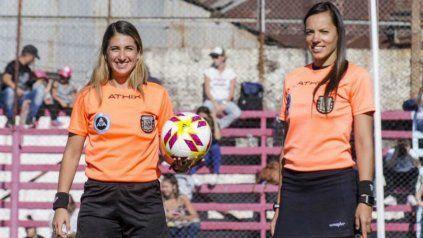 Las argentinas estarán acompañadas por la colombiana Mary Blanco, como asistente 2, y la francesa Stephanie Frappart será la cuarta árbitra.