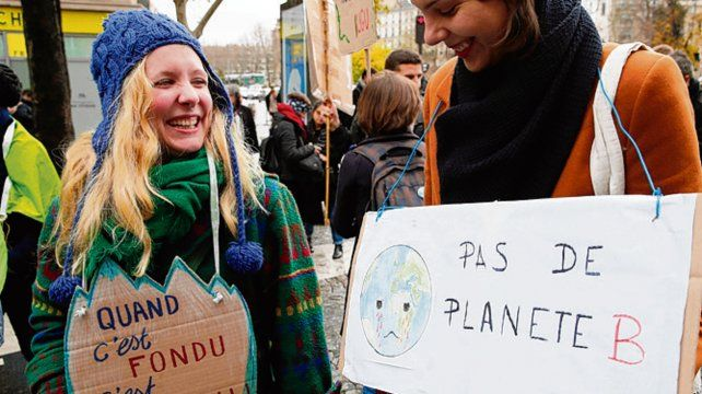 ecologistas. Militantes expresaron ayer su descontento con la COP25.