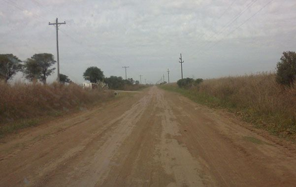 El camino intercomunal sufre un serio deterioro.