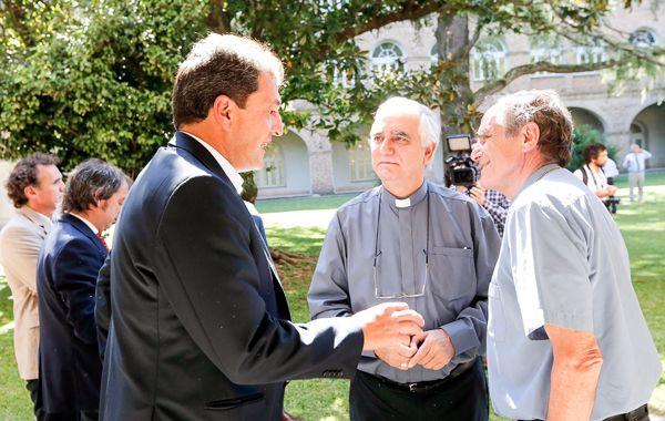 Los obispos Jorge Casaretto y Jorge Lozano encabezaron un encuentro con el diputado nacional Sergio Massa.