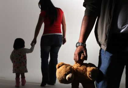 La mamá condenada inventaba enfermedades del nene y se iba de su casa cuando el padre debía verlo. (Foto de archivo de carácter ilustrativo)