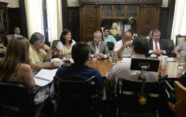 En debate. Los integrantes de la comisión de Servicios Públicos recibieron a miembros del Ejecutivo hace pocos días. (foto: Enrique Rodríguez Moreno)