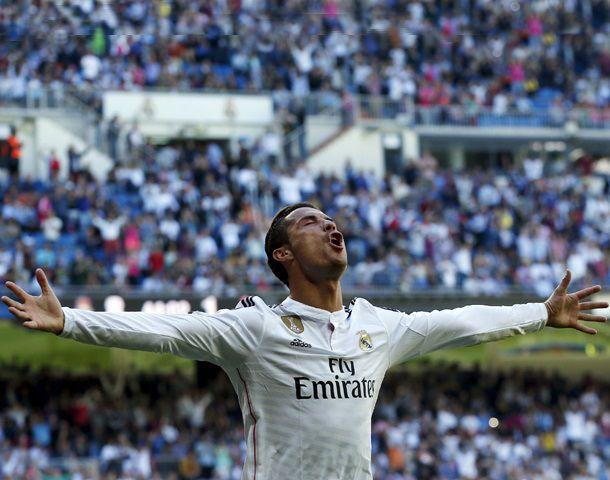 El portugués marcó tres en el primer tiempo