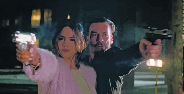 Pareja. La mexicana Eiza González y Jon Hamm como un dúo con un pasado opuesto al de la actualidad.