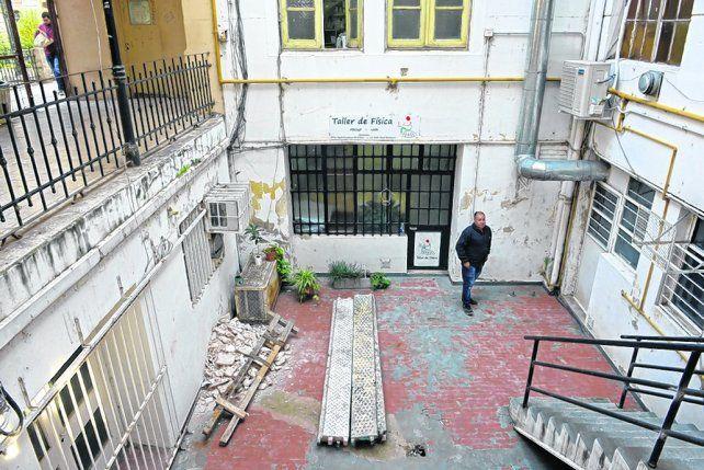 sin atención. El sector del centro asistencial que fue cerrado debido a los problemas edilicios.